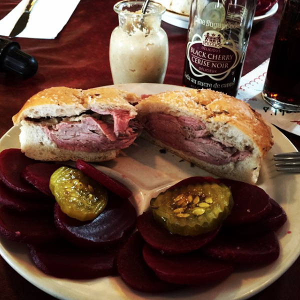 @badboybadi: Roast Beef special on kümmelweck #RoastBeef #doublepickledbeets #BlackCherry #JohnnieRyanSoda